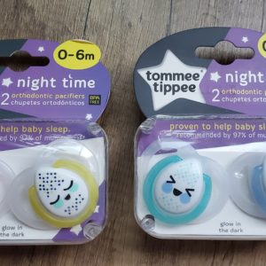 Tommee Tippee Closer to Nature  Night Time Newborn Baby Pacifier, Glow-in-The-Dark, BPA-Free, 0-6 Months, 2 Count